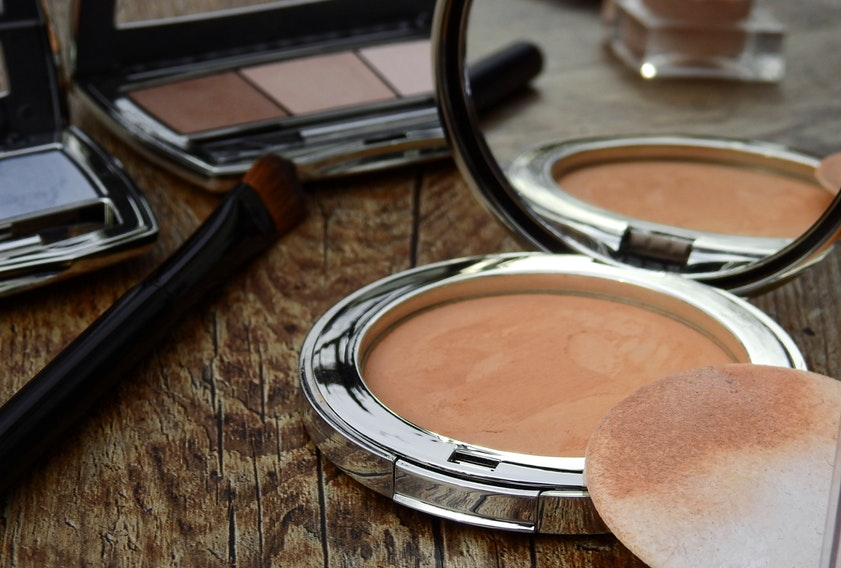 Best Compact Powders available in India—Our Top 10 Picks