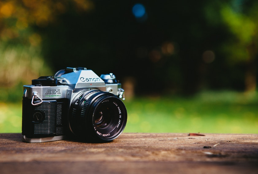 10 Best Compact Travel Cameras for 2019