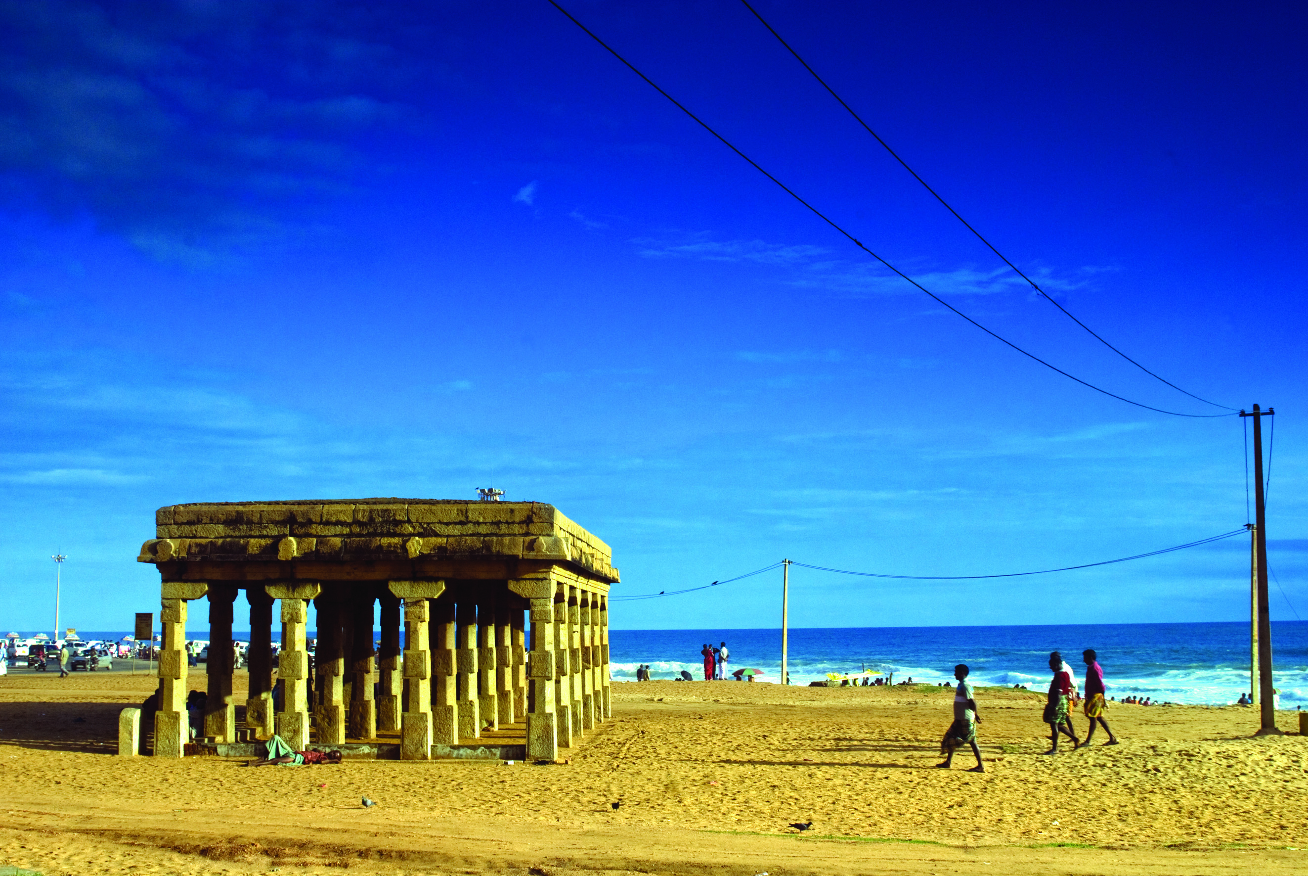 Best Beaches in Kerala - Shankumugham Beach