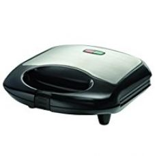 Oster CKSTSM2222 700-Watt 2-Slice Grill Plate Sandwich Maker (Black) for Rs. 899