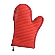 Trudeau Silicone Oven Mitt, Red for Rs. 1,489