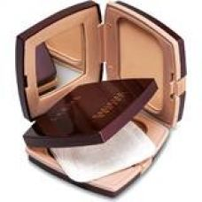 Buy Lakme Radiance Complexion Compact, Pearl, 9 g from Amazon