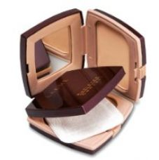 Buy Lakme Radiance Complexion Compact, Pearl, 9g from Amazon