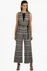 X FUSION BEATSWomens Slim Fit Printed Jumpsuit    FUSION BEATS Womens Slim Fit Printed Jumpsuit    ...       Rs 3799 Rs 760  (80% Off)         Size: S, L for Rs. 760
