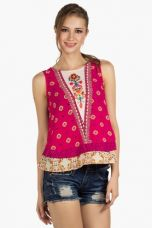 Get 80% off on X FUSION BEATSWomens Slim Fit Printed Crop Top    FUSION BEATS Womens Slim Fit Printed Crop Top    ...       Rs 2499 Rs 500  (80% Off)         Size: M, L, XXL