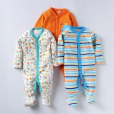 Round Neck Multicolour Pack of 3 Footies for Rs. 899