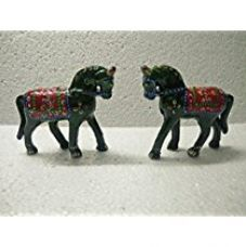 Buy Jaipuri Haat Handicrafted set of 2 showpiece Big Size Horse for decoration and Gift purpose (12x11 CM) (Red) from Amazon