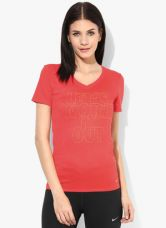 Flat 40% off on Nike As Legork Out Red V Neck T Shirt