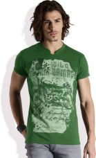Flat 60% off on Roadster Printed Men's Round Neck Green T-Shirt
