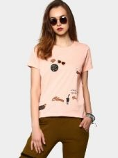 Buy abof Women Peach-colored Quirky Print Regular Fit T-shirt from Abof