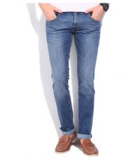 Flat 73% off on Levi's Blue Skinny Jeans