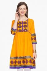 Flat 60% off on X HAUTE CURRY Womens Printed Kurta