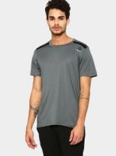 Buy Reebok Men Grey Slim Fit Training T-shirt from Abof
