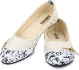 Moonwalk Bellies  (Multicolor) for Rs. 299