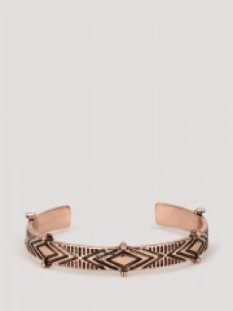 KOOVS Cut Out Engraved Bangle for Rs. 160