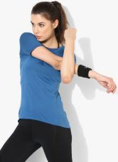 Get 40% off on Nike As Znl Cl Relay Ss Blue Round Neck T-Shirt