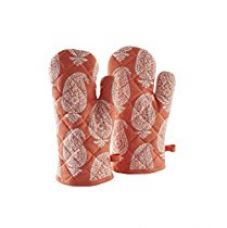 Solimo 100% Cotton Padded Oven Gloves, Paisley (Pack of 2, Orange) for Rs. 269