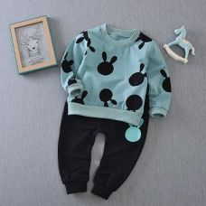 Cute Green Sweatshirt And Pant Set for Rs. 579