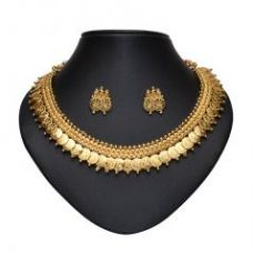 Get 60% off on Ginni Necklace Set