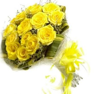 Buy Floralbay Yellow Roses Bouquet Fresh Flowers in Cellophane Wrapping (Bunch of 12) from Amazon