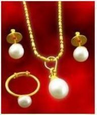 Buy Pendant Set For Women Pearl from Rediff