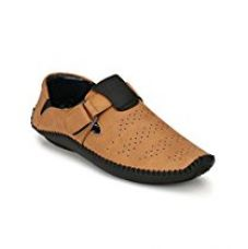 Big Fox Roman Sandals for Men, Brown for Rs. 599
